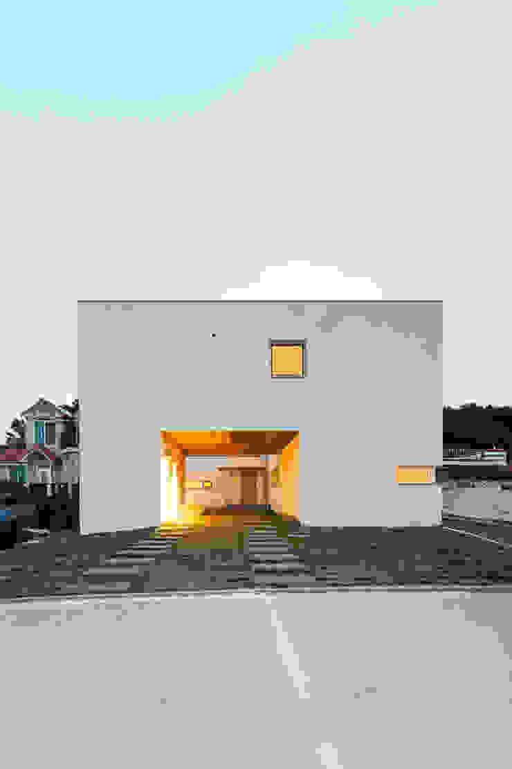 대전 두가구주택 모던스타일 주택 by 서가 건축사사무소 모던