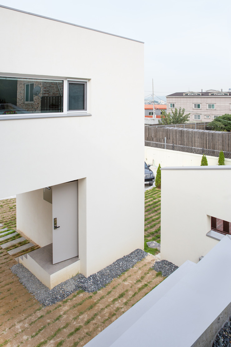 대전 두가구주택 모던스타일 거실 by 서가 건축사사무소 모던