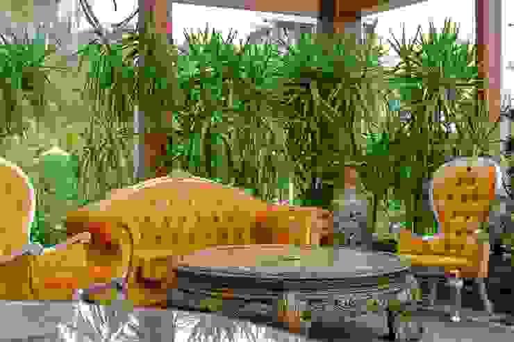 NG PALACE Klasik Kış Bahçesi Inan AYDOGAN /IA Interior Design Office Klasik Ahşap Ahşap rengi