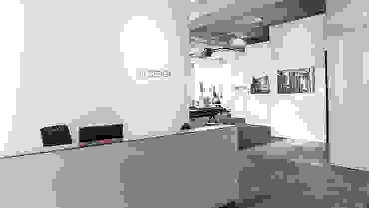 Reception Modern offices & stores by HB Design Pte Ltd Modern