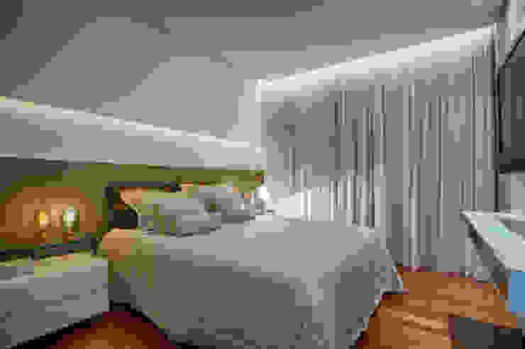 Quarto Master: Quartos  por Isabella Magalhães Arquitetura & Interiores,Moderno MDF