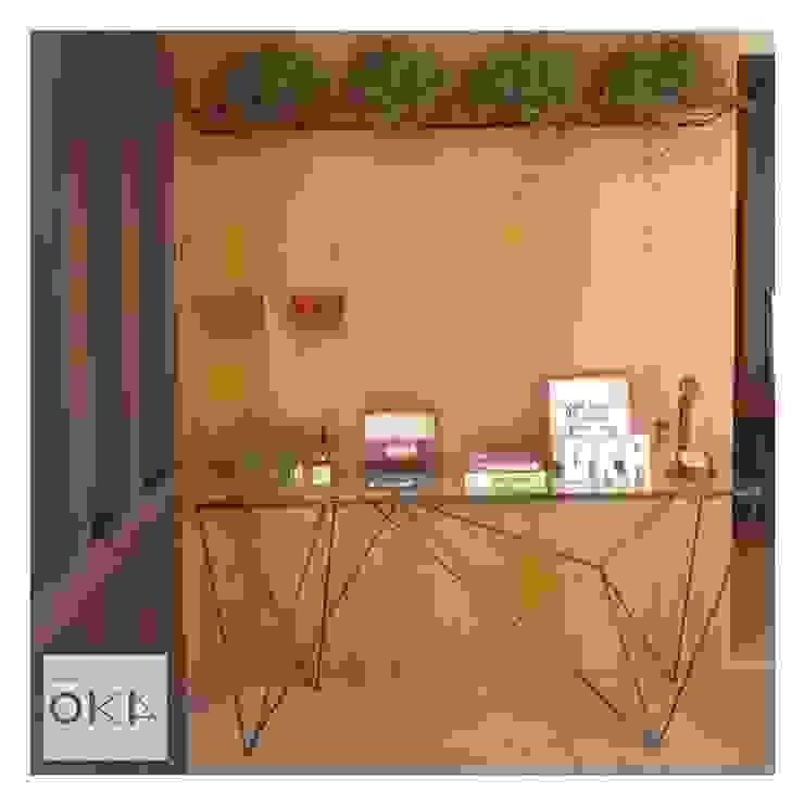 根據 Alessandra Orsi - Studio OKA Arquitetura 工業風