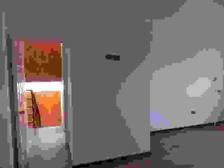 Casa H-N Dormitorios de estilo moderno de Rodrigo Chávez Arquitecto Moderno