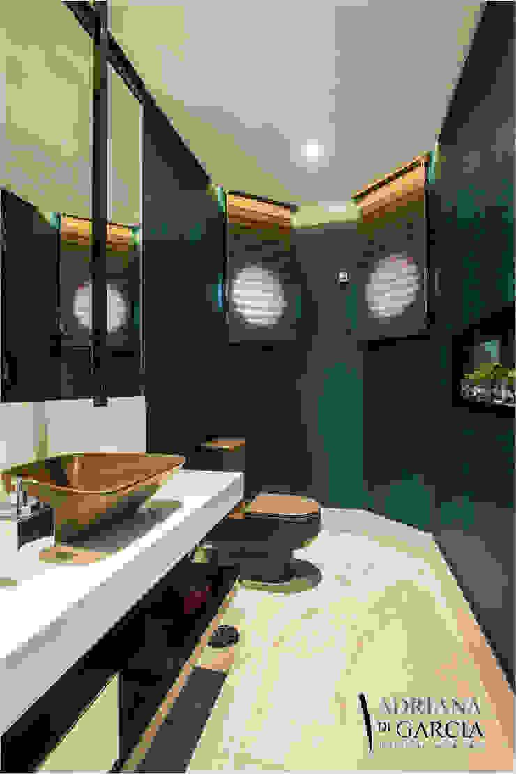 Modern Bathroom by Adriana Di Garcia Design de Interiores Ltda Modern
