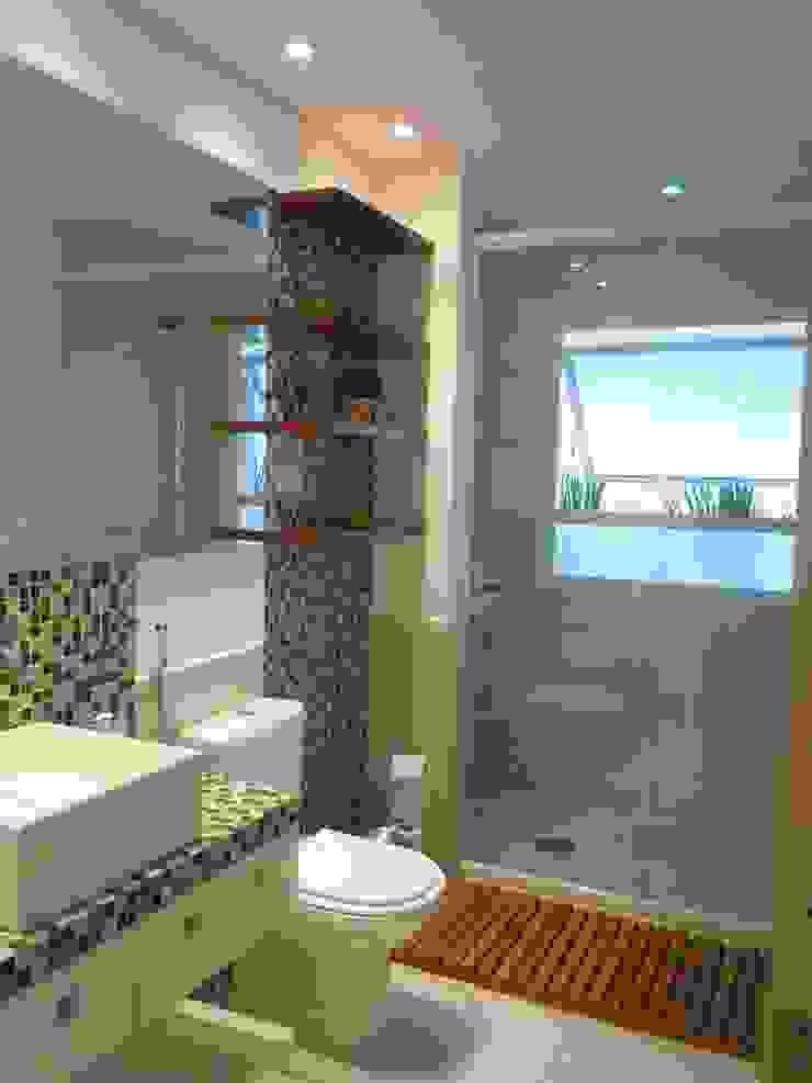 Moderne Badezimmer von LX Arquitetura Modern