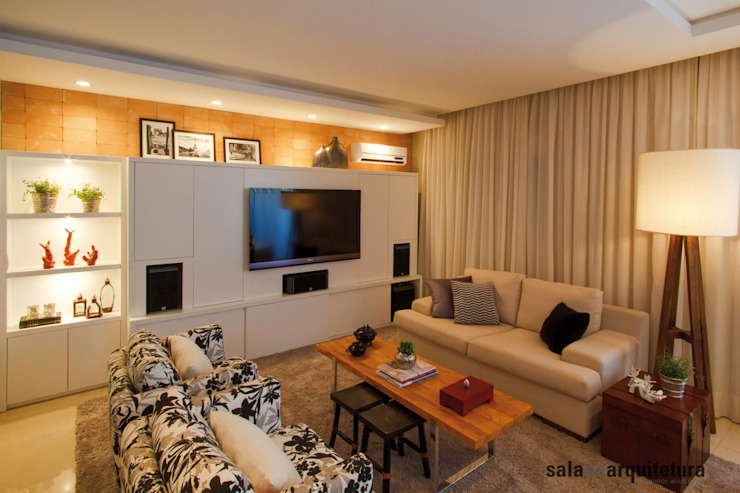 Apartamento J+R Salas multimídia modernas por Saladearquitetura Moderno