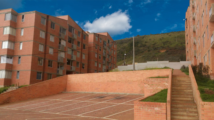 FACHADA CON PARQUEADEROS Casas de estilo clásico de FARIAS SAS ARQUITECTOS Clásico Ladrillos