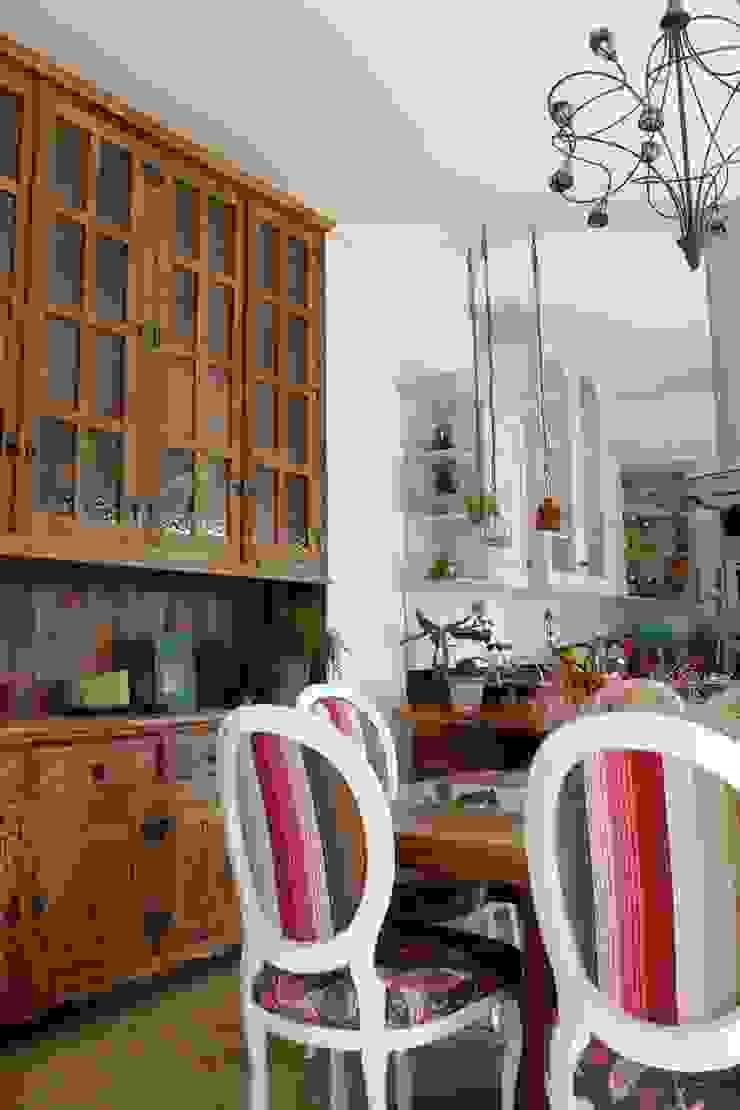 Comedores de estilo rústico de Barros e Zanolini Arquitetura e construção Rústico