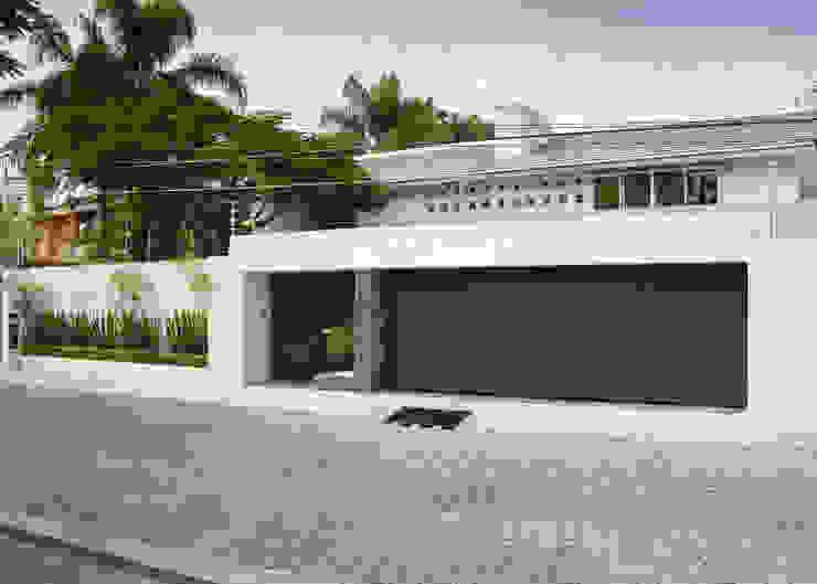 Casas modernas por GHT EcoArquitectos Moderno