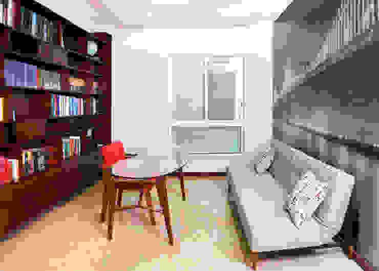 Oficinas de estilo moderno de GHT EcoArquitectos Moderno
