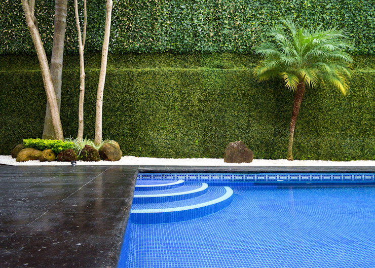 Modern pool by GHT EcoArquitectos Modern