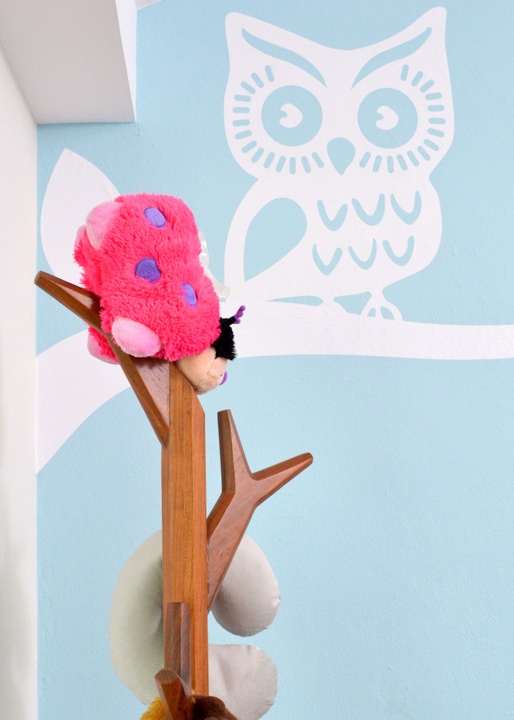 Modern nursery/kids room by GHT EcoArquitectos Modern