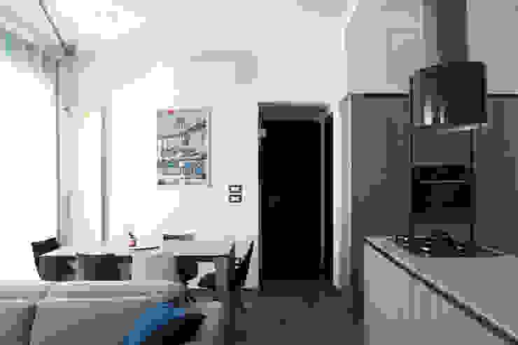 Modern dining room by Arch. Rosalba Di Maio Modern