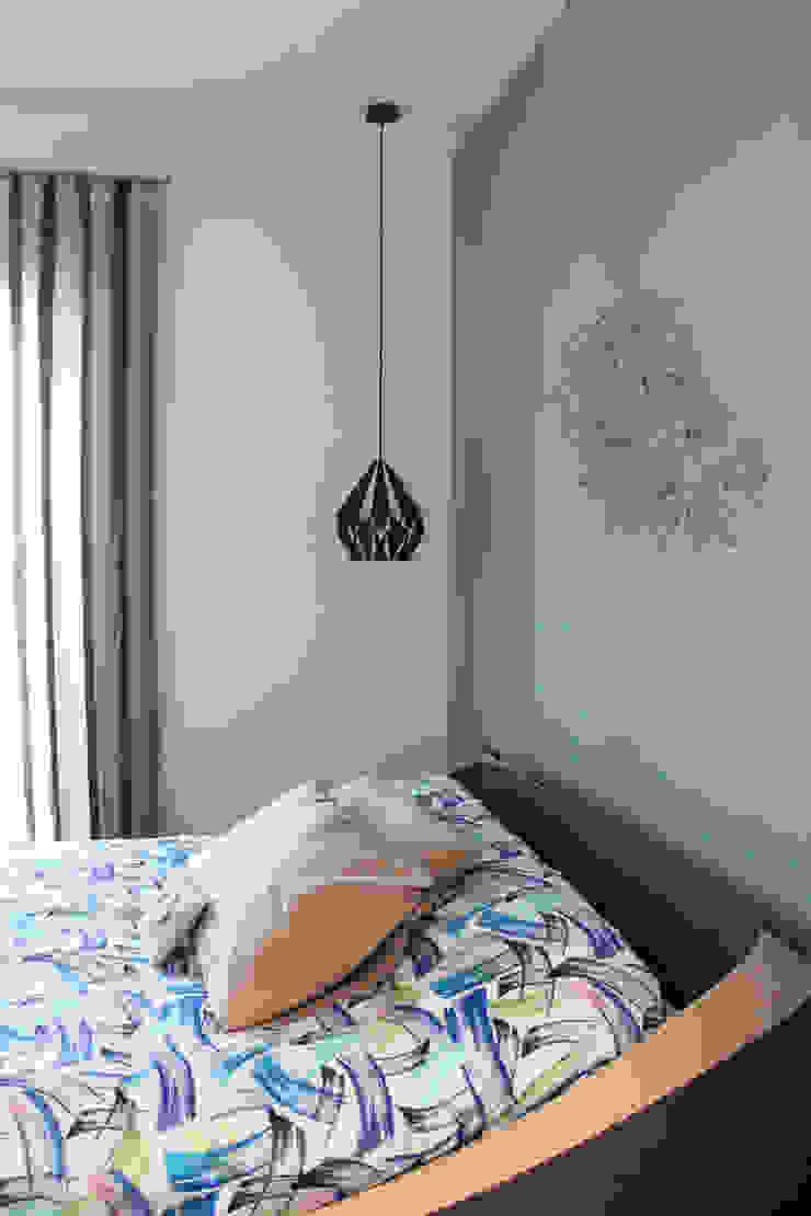 Modern style bedroom by Arch. Rosalba Di Maio Modern