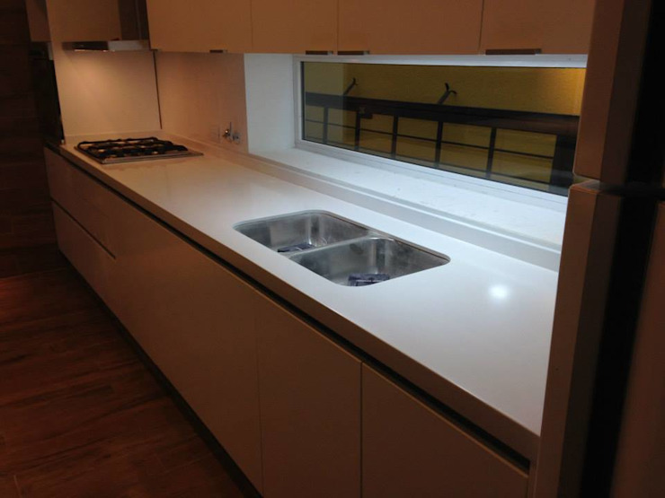 Dapur Minimalis Oleh MOBILFE Minimalis
