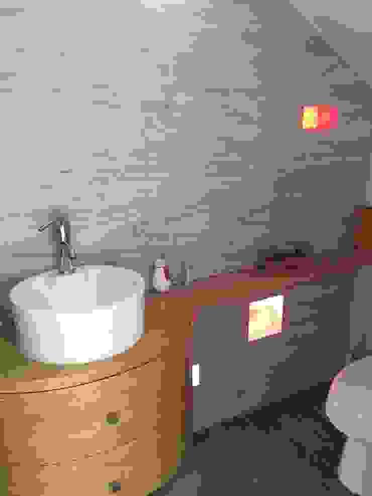 Interior Baños modernos de Cahtal Arquitectos Moderno