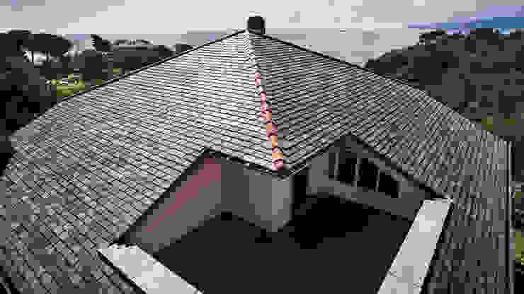 Copertura tetto in ardesia Brenva B&B Rivestimenti Naturali Case classiche Ardesia Grigio