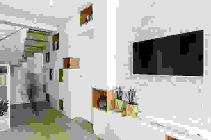 Ruang Keluarga Gaya Skandinavia Oleh Saje Architekci Joanna Morkowska-Saj Skandinavia