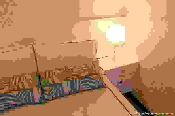 Angelica Hoffmann Arquitetura e Interiores Camera da letto moderna