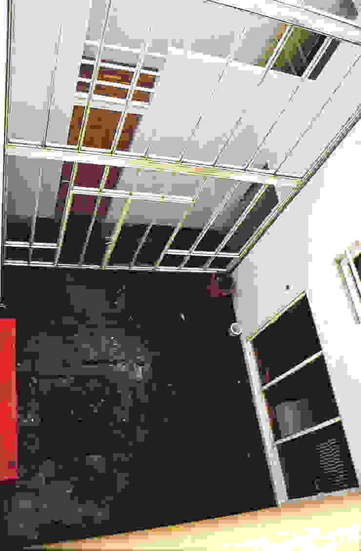 Casa Habitación Unifamiliar- Artes #44, Coyoacàn Casas modernas de PI Arquitectos Moderno