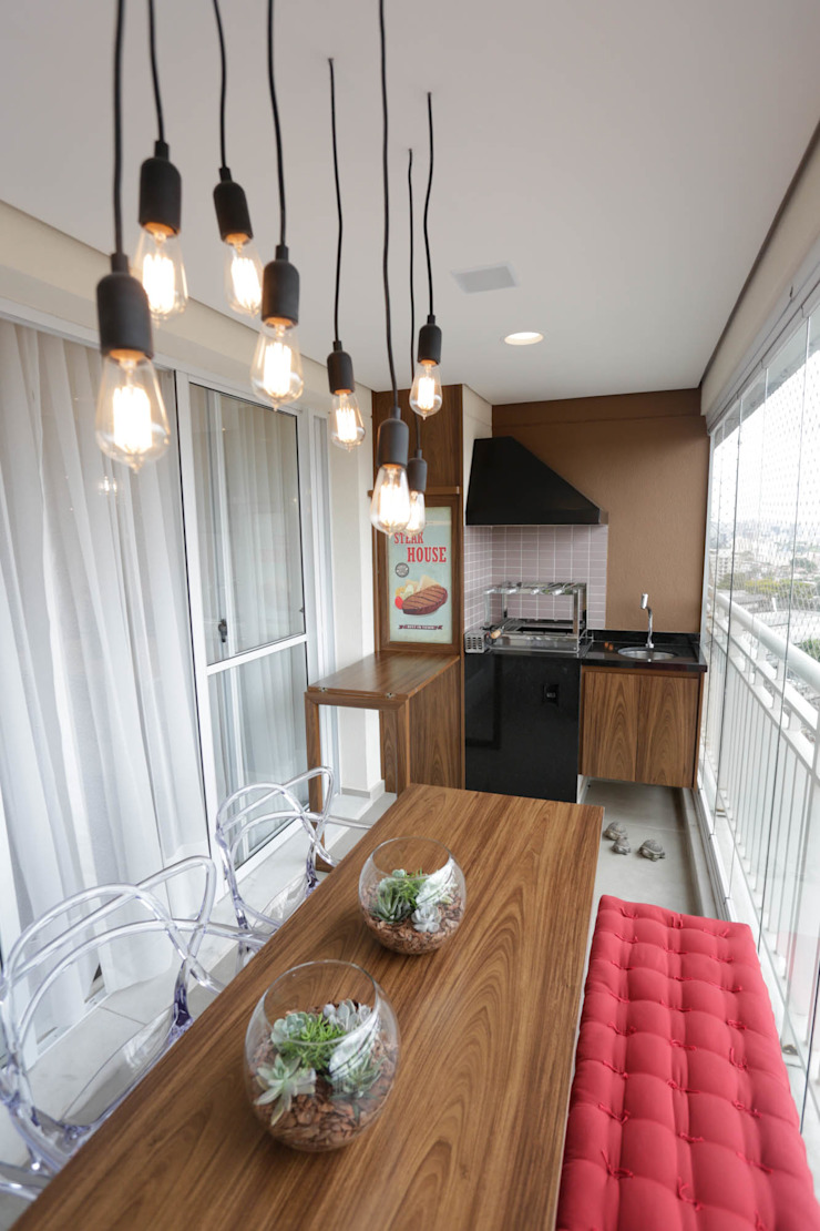 Angelica Hoffmann Arquitetura e Interiores Moderner Balkon, Veranda & Terrasse