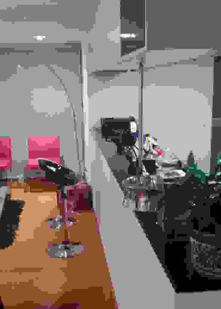 APARTAMENTO CHICÓ NAVARRA – BOGOTÁ Cocinas modernas de bdl concept/studio Moderno