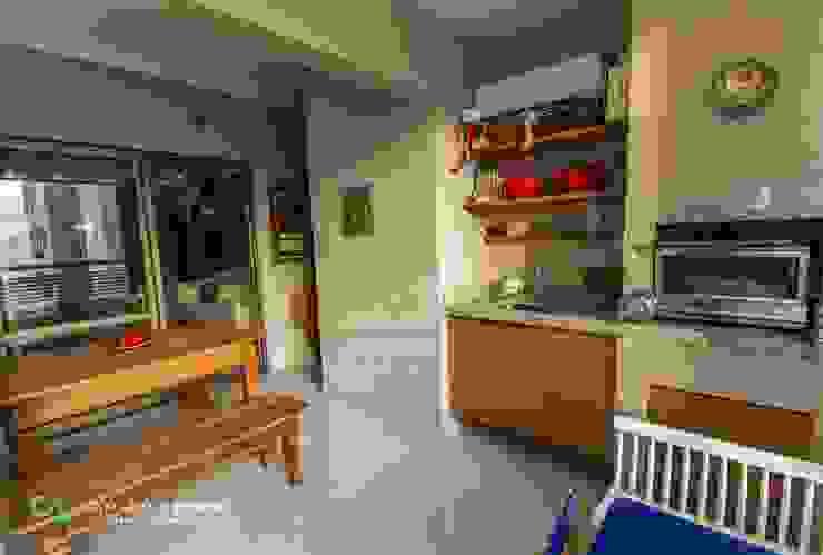 Balcones y terrazas de estilo rústico de Camarina Studio Rústico