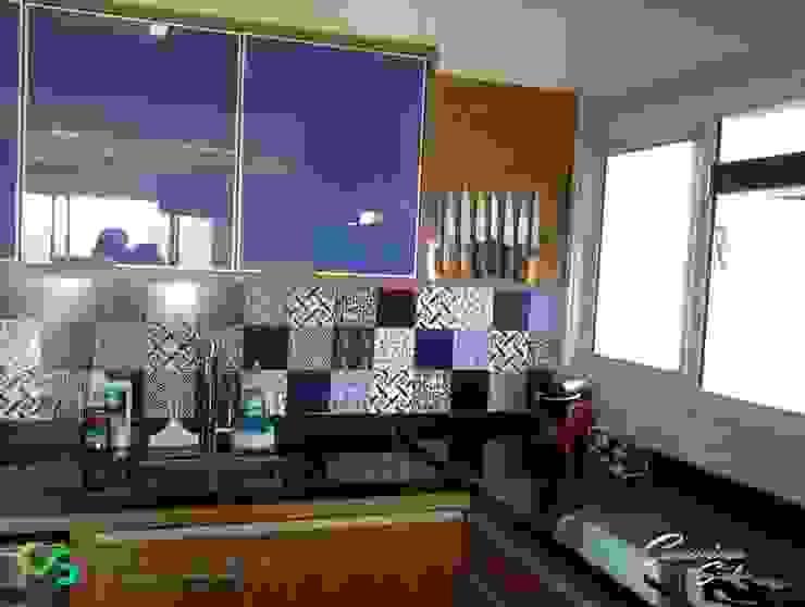 Apartamento contemporâneo Cozinhas modernas por Camarina Studio Moderno