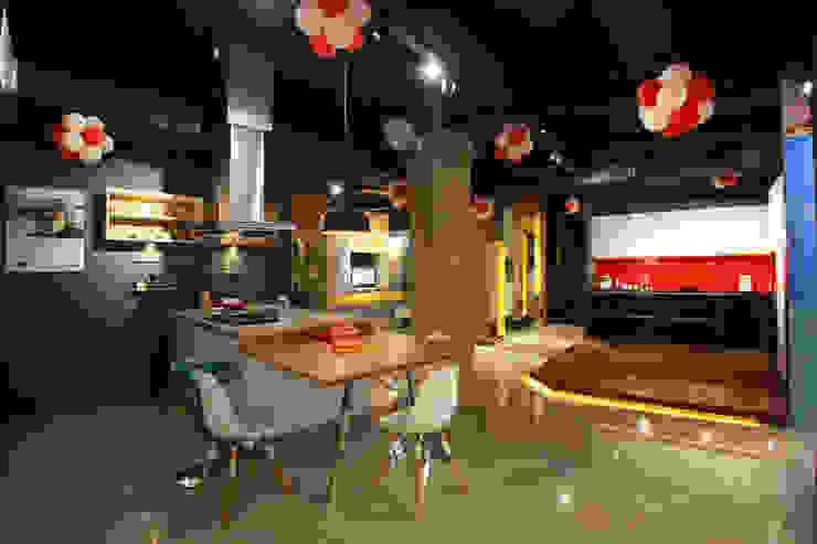 Space New Showroom Livings Modern kitchen