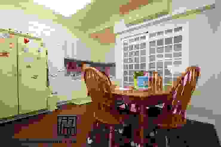 廚房與餐廳 根據 協億室內設計有限公司 古典風