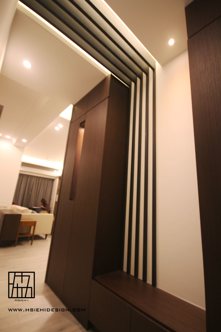 ห้องโถงทางเดินและบันไดสมัยใหม่ โดย 協億室內設計有限公司 โมเดิร์น
