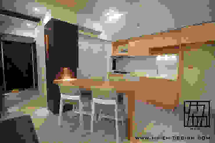 Cozinhas modernas por 協億室內設計有限公司 Moderno