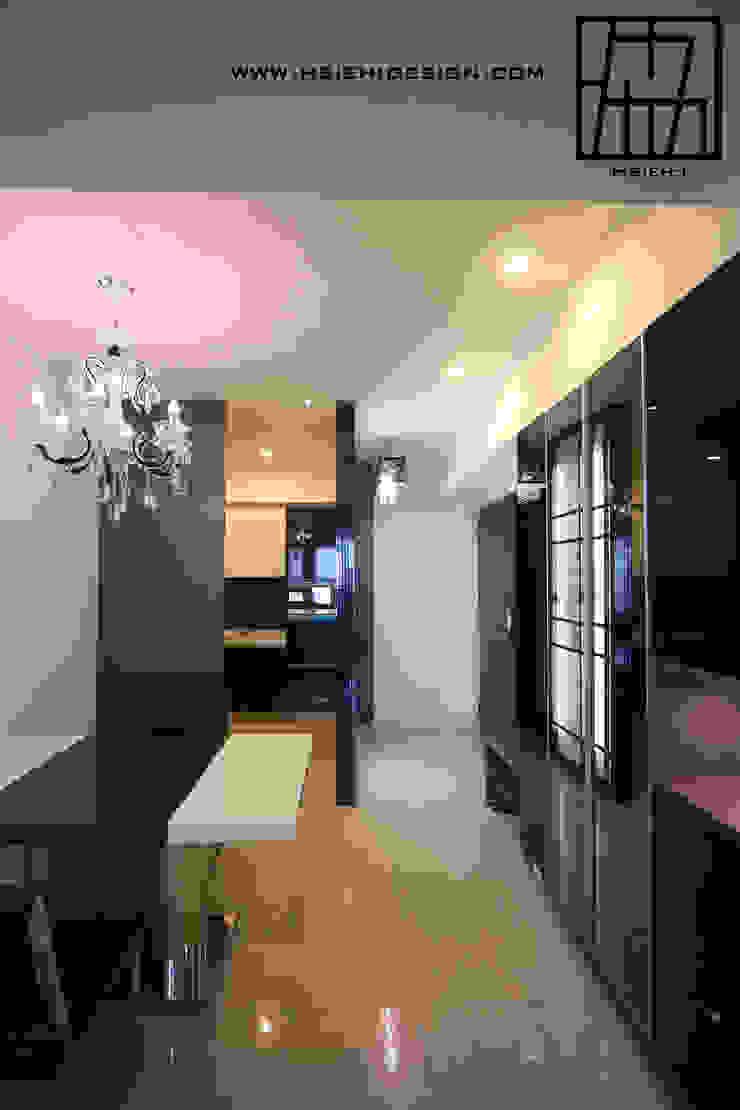 玄關與餐廳 根據 協億室內設計有限公司 現代風
