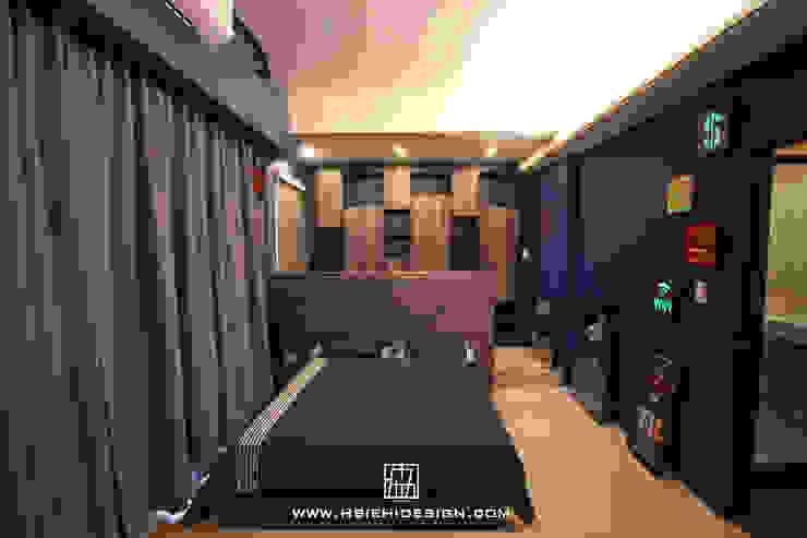 Bedroom by 協億室內設計有限公司, Industrial