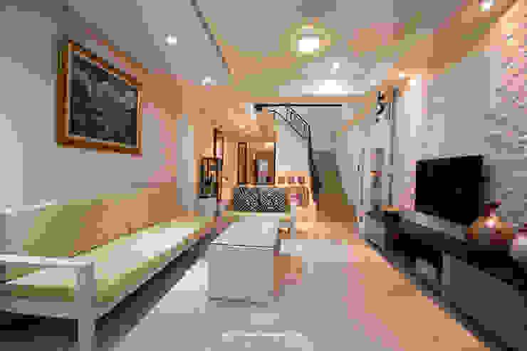 客廳 根據 協億室內設計有限公司 鄉村風