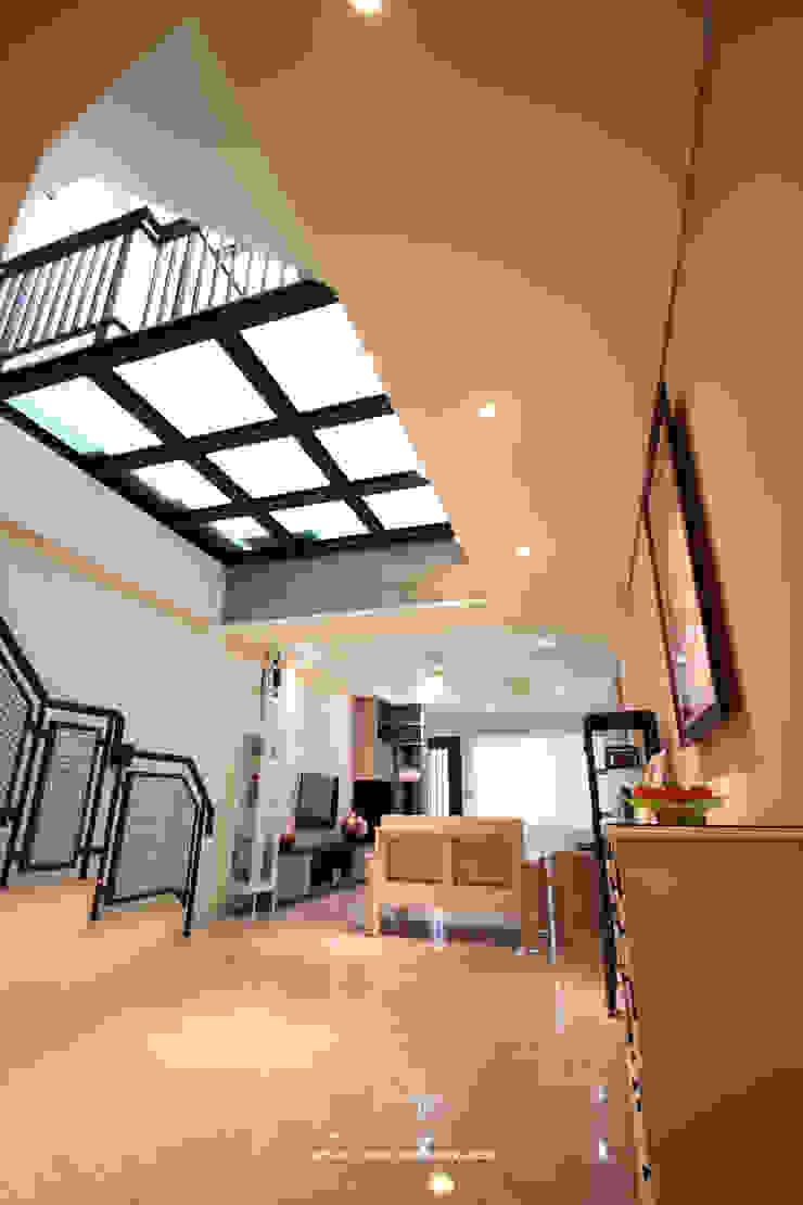 客廳天井 根據 協億室內設計有限公司 鄉村風