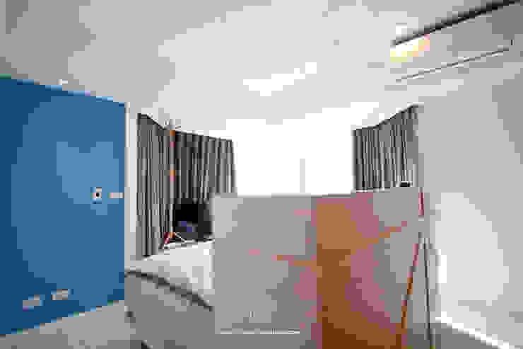 인더스트리얼 침실 by 協億室內設計有限公司 인더스트리얼