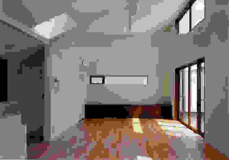 豊田空間デザイン室 一級建築士事務所 Salones de estilo moderno