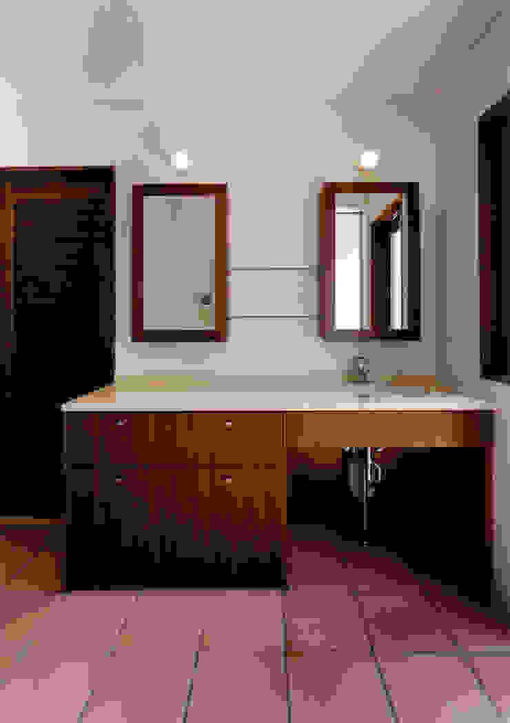 豊田空間デザイン室 一級建築士事務所 Baños de estilo moderno