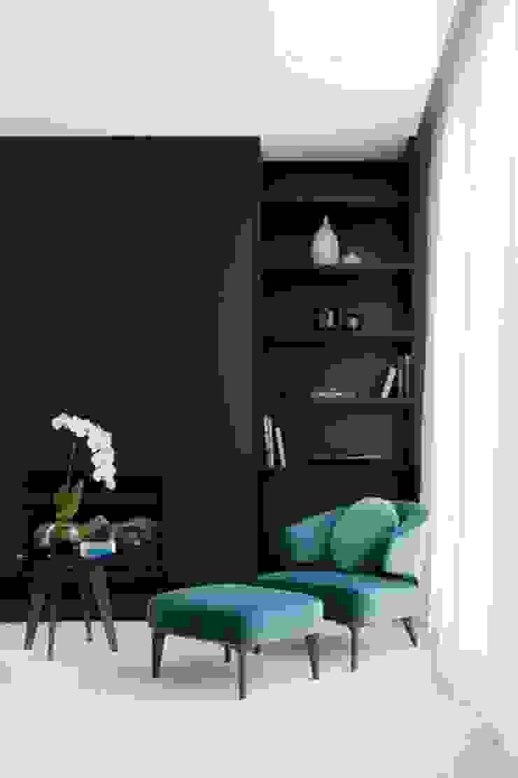 Reading Corner Salas de estar modernas por No Place Like Home ® Moderno