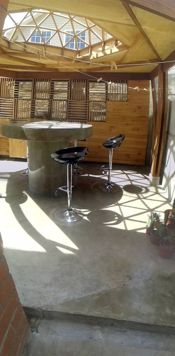 Quincho Domo + Paisajismo Casas de estilo rústico de DOMOTERRA LIMITADA Rústico Concreto reforzado