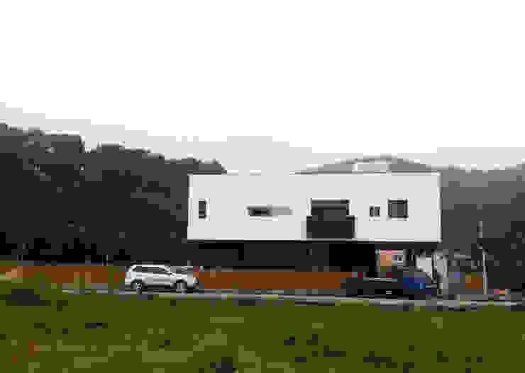 청유재 전경 모던스타일 주택 by 디자인랩 소소 건축사사무소 모던