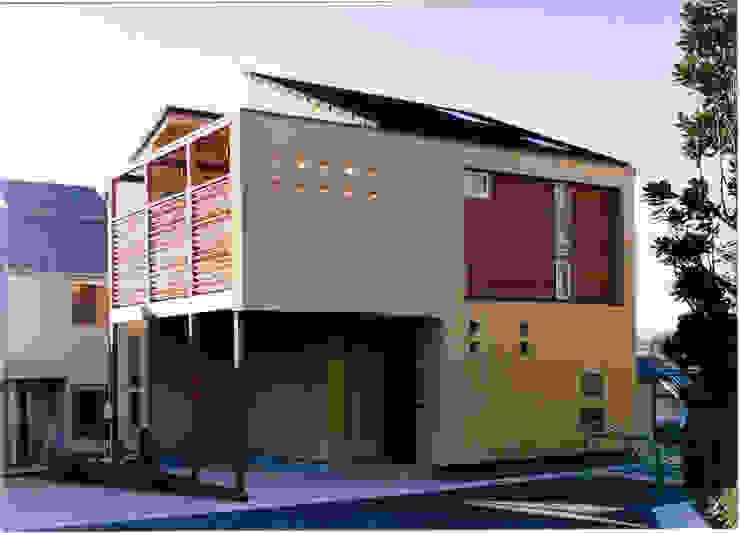 Casas de estilo ecléctico de 豊田空間デザイン室 一級建築士事務所 Ecléctico
