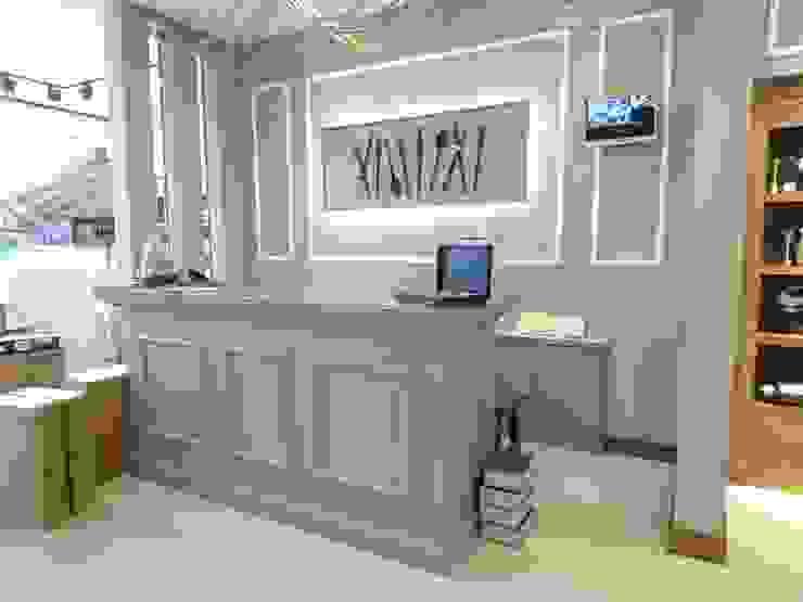 KARACA MAĞAZA Lux Tasarım Ofisi Ofisler ve Mağazalar Ahşap
