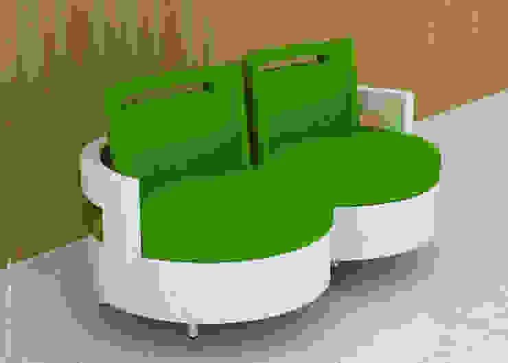 Twin sofa: modern  by Preetham  Interior Designer,Modern