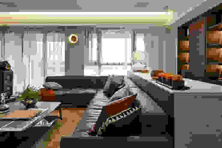 空間的樂章 现代客厅設計點子、靈感 & 圖片 根據 沐朋設計 現代風