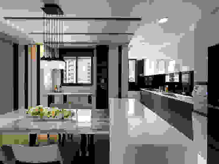 質感設計打造年輕人最愛現代風格 現代廚房設計點子、靈感&圖片 根據 拾雅客空間設計 現代風