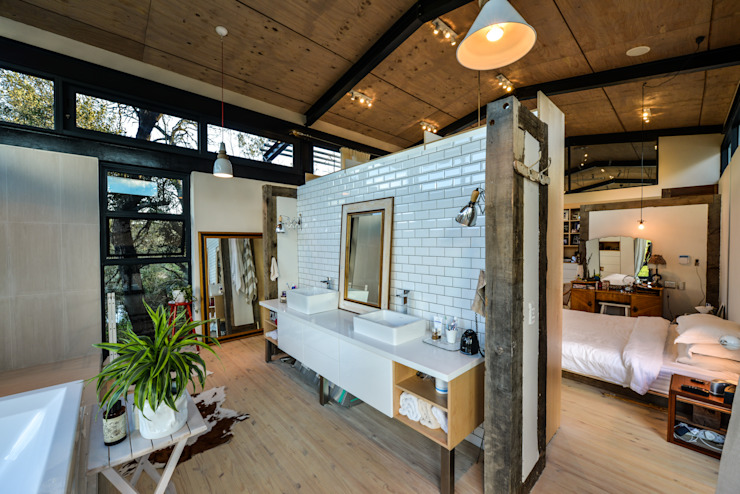 Studious Architects Industrial style bathrooms