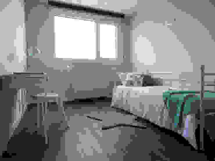 Habitaciones de estilo  por Casas Cube,