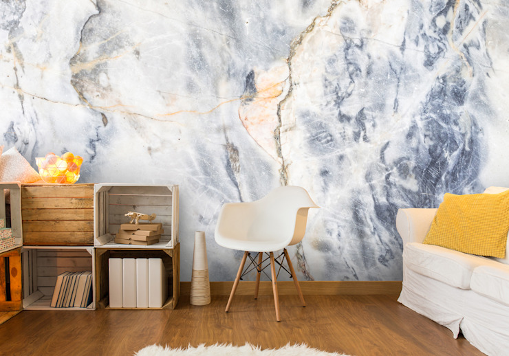 White and Blue Marble Effect de Wallsauce.com Moderno